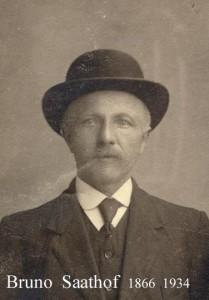 Opa Bruno Saathof met bolhoed